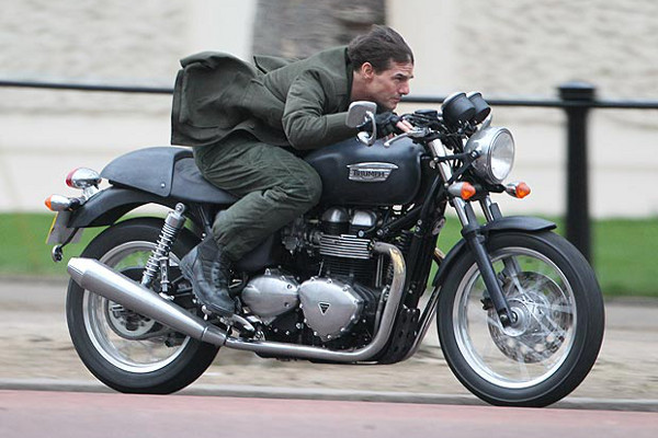All-You-Need-Is-Kill-Tom-Cruise-Emily-Blunt-Londres