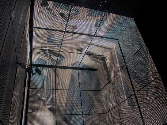 Gravity-Blu-Ray-Test-Lightbox-Image-Bonus