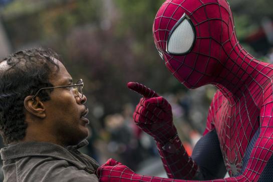 The-Amazing-Spider-Man-2-Electro-Image-2