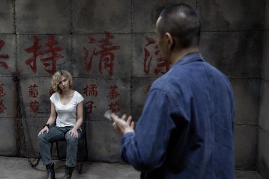 Lucy_Movie_Scarlett_Johansson_Luc_Besson_Image_7