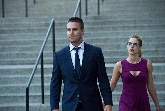 Arrow-Season-3-Oliver-Queen-Felicity