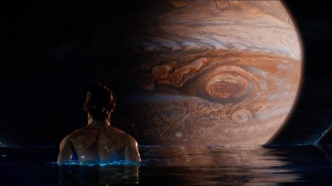 Critique-Jupiter-Ascending-Image-6