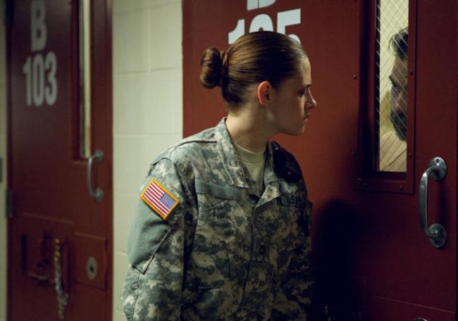 Camp-X-Ray-Kristen-Stewart-Image-4